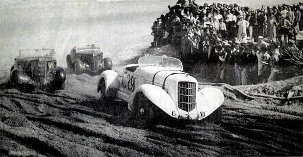 Car race on the Beach